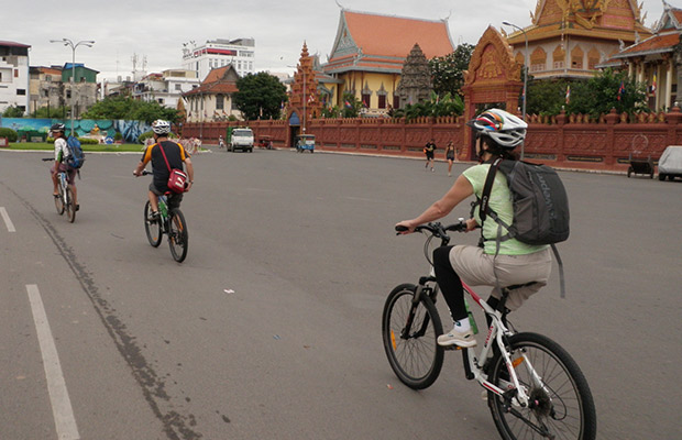 Wide and relaxing streets of Phnom Penh