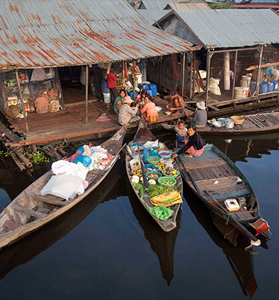 Floating Village Day Tour